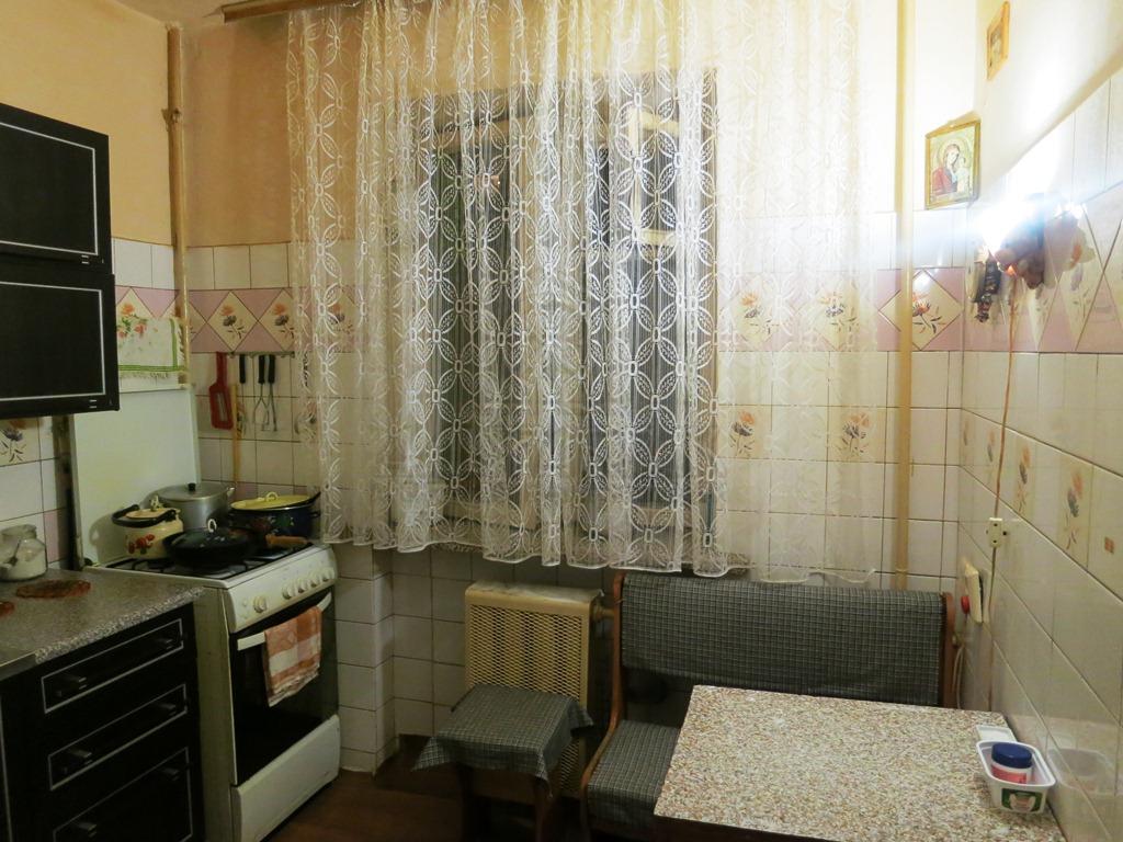 (код объекта K20054) Продажа 3комн. квартиры. Вышгородский р-н, Вышгород, Хмельницкого богдана ул. 5, Этаж - 2, этажность - 5. ...