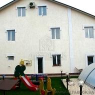 Срочно! Продам дом (коттедж) Чайки. Киево Святошинский р-н. 330 кв.м. 6 соток. (код Н239)