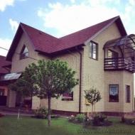 (код H1665). Продам кирпичный дом Вита Почтовая, 200кв.м 7 соток. Рядом лес, озеро.