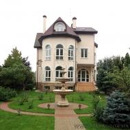 котедж, дом, дачу, Петропавловская Борщаговка, Центральная ул. (Код H493)