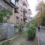 Продажа 4-х комнатной квартиры Святошинский р-н, ул. Витрука генерала, рядом метро (К7390)