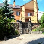 Продажа дома под Киевом в  с.Лесники 400кв.м. 24сот. (код  Н1921)
