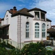 котедж, дом, дачу, Петропавловская Борщаговка, Центральная ул. (Код H2070)