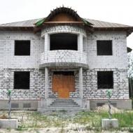 Срочно! Продам дом (коттедж), с. Белогородка, 450 кв.м. 28 соток (код H862)