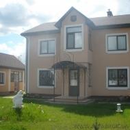 (Код объекта Н1482)Дом с участком в на окраине Киева в обогащённой кислородом местности,напротив хвойный лес.Киев.Подольский район