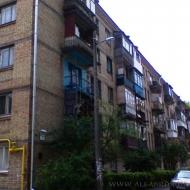 Продам 2 комн. квартиру, ул. Краснопартизанская, Соломенский р-н (код объекта К15893)