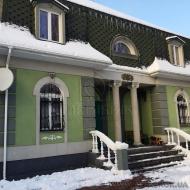 (код объекта H4824) г.Киев, Подольский р-н. Продажа дома с бассейном, с гостевым домиком, полностью меблирован с эксклюзивным ремонтом.