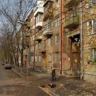 (Код объекта К18495) г.Киев, Соломенский р-н., Чоколовка, Петровского 6, Продажа 2х. комнатной квартиры в зеленой части города в сталинском доме.