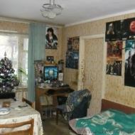 (код объекта K19353) Продажа 3комн. квартиры. Ереванская ул. Соломенский р-н. Под офис, бизнес. Проходная улица