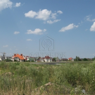 (Код объекта Т1074)Продам участок с стареньким домиком.Киево-Святошинский р-н,КооперативКрасный Пахарь.