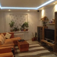 Продажа 3 комн. квартиры, Урловская ул., 38, Дарницкий р-н. (Код K24806)