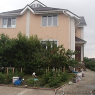 (Код объекта Н3505) Продам дом на два отдельных входа. 460м2. Участок 8 соток.Киев.Голосеевский р-н.