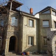 (Код объекта Н3853)Продам дом в Осокорках. Участок 5 соток. г.Киев  Дарницкий р-н.(Н3853)