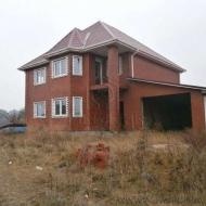 (Код объекта Н6809) Продажа дома 225 м2. 10 соток. с. Погребы. Броварской р-н.