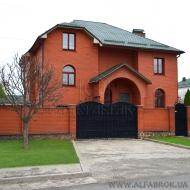 котедж, дом, дачу, Петропавловская Борщаговка, Центральная ул. (Код H6937)