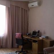 (код объекта K36617) Продажа 2комн. квартиры. Ахматовой Анны ул. 45, Дарницкий р-н.