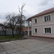 (Код объекта Н5981) Броварской р-н, Бровары. Продажа нового дома на 7 сотках, с качественным ремонтом, в центре города, все рядом.