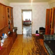 Продам 2-х комнатную квартиру для бизнеса с хорошей транспортной развязкой  (Код K37051)