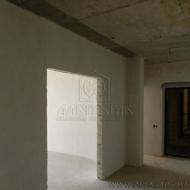 Продается 2 комнатная квартира в городе Киев в Голосеевском районе по ул. Метрологическая, 11а (Код K37169)