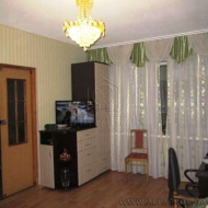 Продам квартиру, 0Киев, Дарницкий, Позняки, Вишняковская ул., 7-Б (Код K37285)