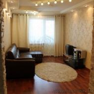 Продам 3 комнатную  квартиру, Киев, Дарницкий, Харьковский массив, Драгоманова ул., 1д (Код K37522)