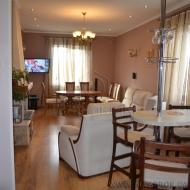 Продается дом 200м2, участок 10 соток. с. Гореничи (Н2445)