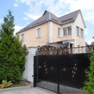 Продам дом в с. Гатное Киево-Святошинский район(Код H15964)