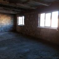 Продам н/ф 216 кв. м., помещение под СТО или склад, 3 этажа. Киев, Святошинский (Код C11454)