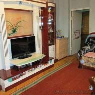 Продам квартиру, 0Киев, Соломенский, Первомайский массив, Ереванская ул., 3 (Код K42985)