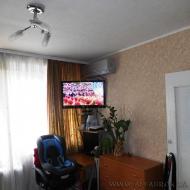 Продам квартиру, 0Киев, Голосеевский, Голосеевская ул., 3 (Код K43891)