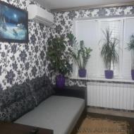 Продам квартиру, 0Киев, Дарницкий, Новая Дарница, Санаторная ул., 18 (Код K44102)