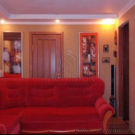 Продам квартиру, 0Киев, Подольский, Подол, Набережно-Луговая ул., 3а (Код K44111)